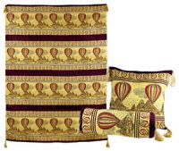 Hot Air Balloon Turkish Wall Hanging and 2 Pillow Set, Burgundy